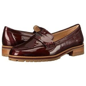 Coach - Peyton Patent Leather Loafer Cherry - 6.5B